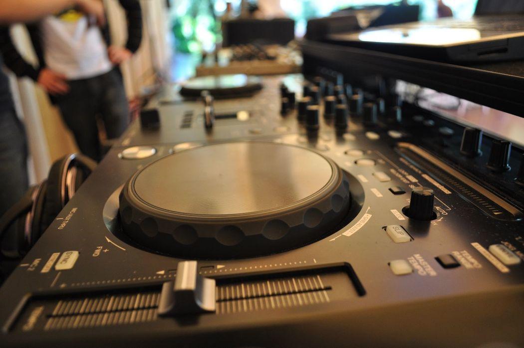 El mejor ambiente de DJ para bodas
