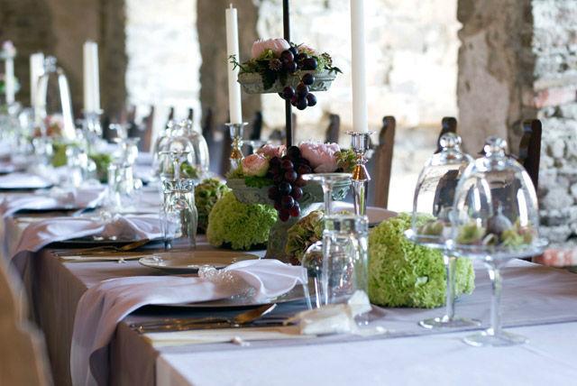 Beispiel: Hochzeitstische, Foto: Blumen Malecek.