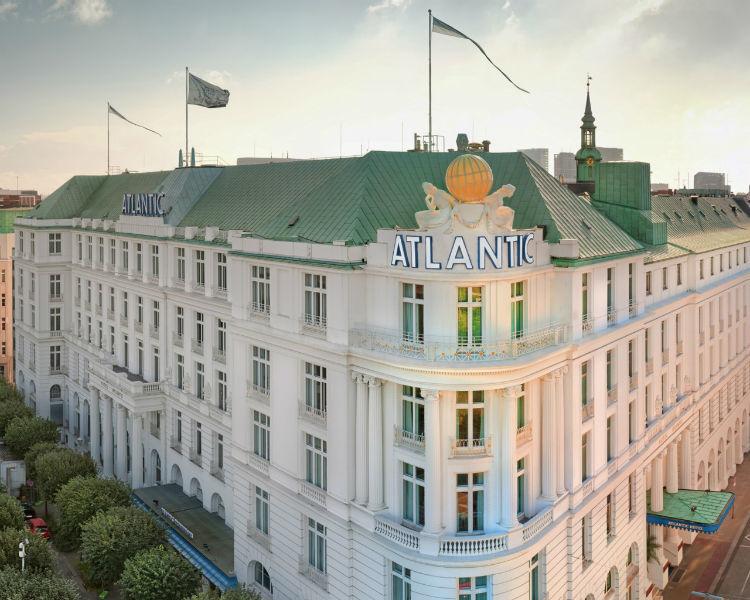 Beispiel: Hotel Eckansicht, Foto: Hotel Atlantik Kempinski.
