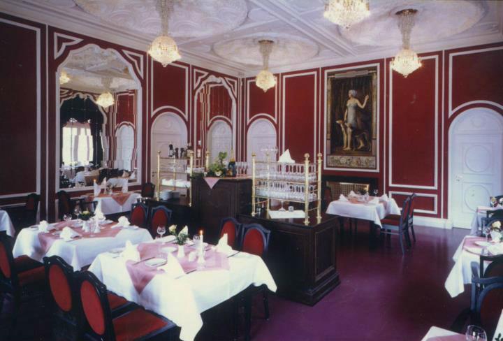 Beispiel: Weinzimmer, Foto: Italienisches Dörfchen.