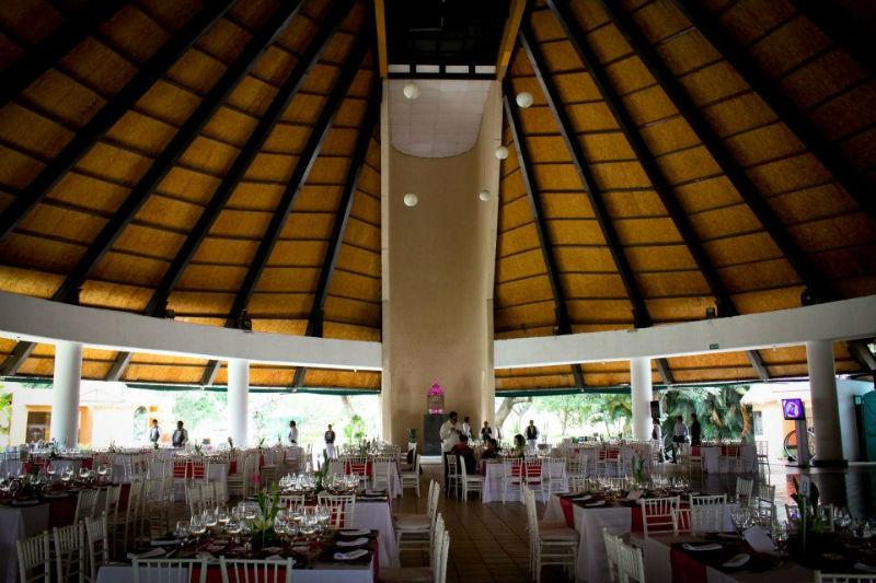 Villa xavier bodas for Jardin villa xavier jiutepec