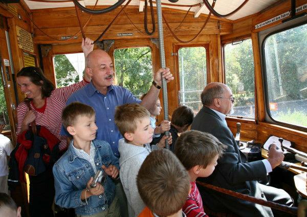 Beispiel: Mit der Straßenbahn unterwegs, Foto: Rent a Bim.