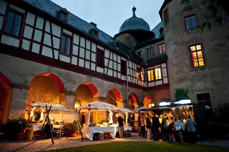 Beispiel: Innenhof, Foto: Schloss Gemünden.