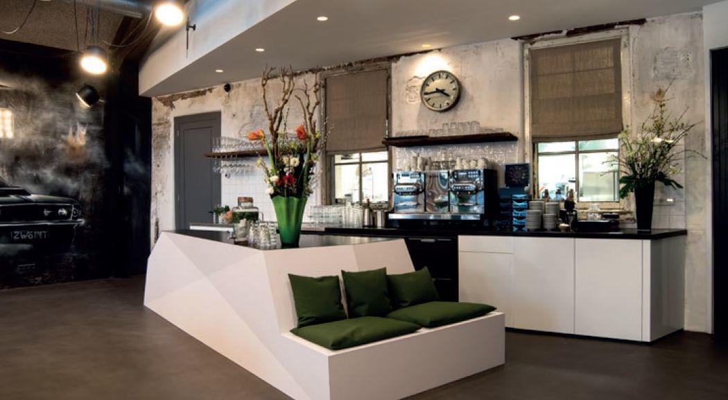 Bar Servicestation 1