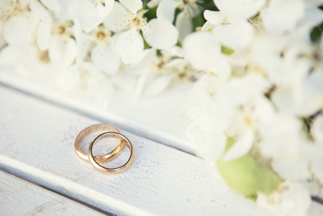 Beispiel: Eheringe, Foto: Romina Certa Weddings & Events.