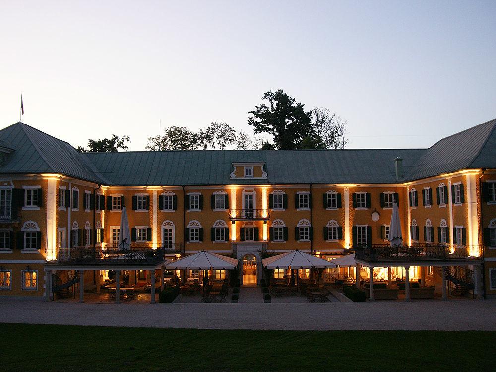 Beispiel: Gwandhaus am Abend, Foto: Gwandhaus.