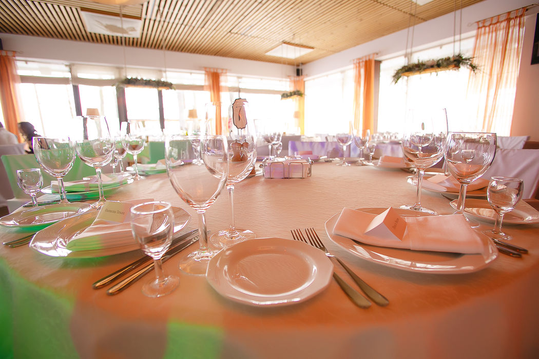 Главный зал ресторана на 100 персон
