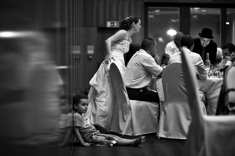 Magia durante a refeição em casamento, por Magic Days