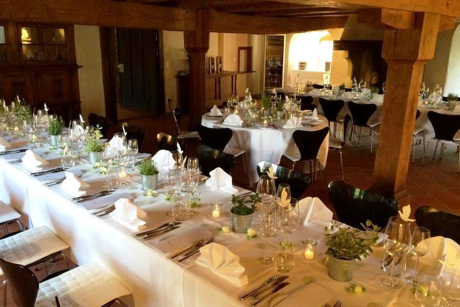 Schloss Spiez, Dinner in der Bubenberghalle