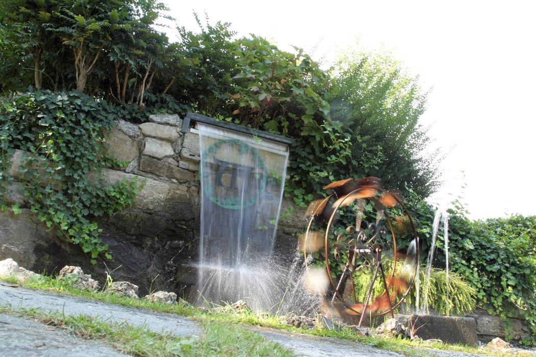 cascata nel giardino