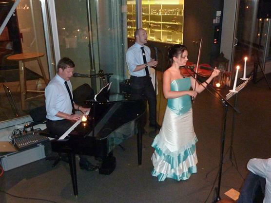 Beispiel: Das Trio beim Auftritt, Foto: The Wedding Crashers.