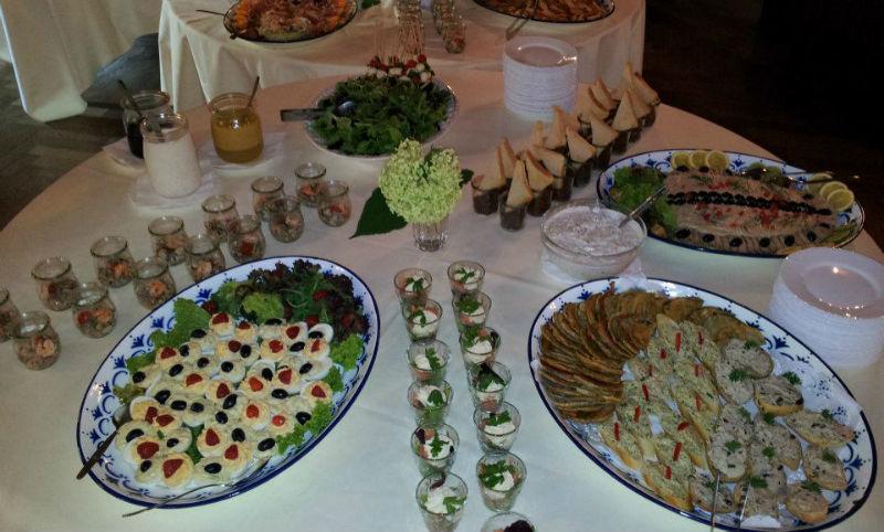 Beispiel: Festliches Buffet für Ihre Hochzeit, Foto: Paiser Catering.