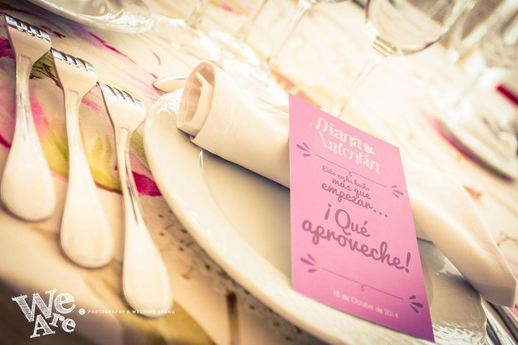 We Are. - Wedding planner. Detalle de minuta. Diseño y organización de boda.