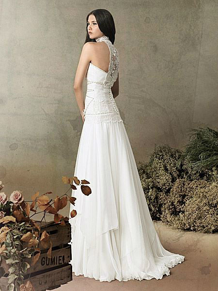 Beispiel: Brautmode mit Stil, Foto: Liluca Bern.
