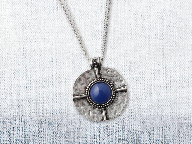 Beispiel: Halskette, Foto: Bijou Brigitte.