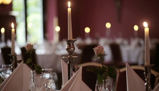 Beispiel: Festtagstafel, Foto: Schlossgarten.