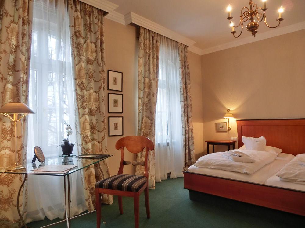 Beispiel: Hotelzimmer, Foto: Hotel Schreiegg's Post.