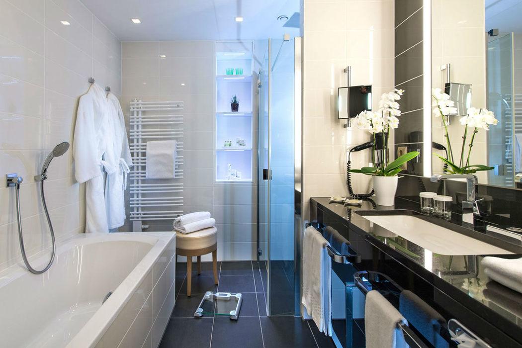 Beispiel: Badezimmer, Foto: Warmbaderhof.