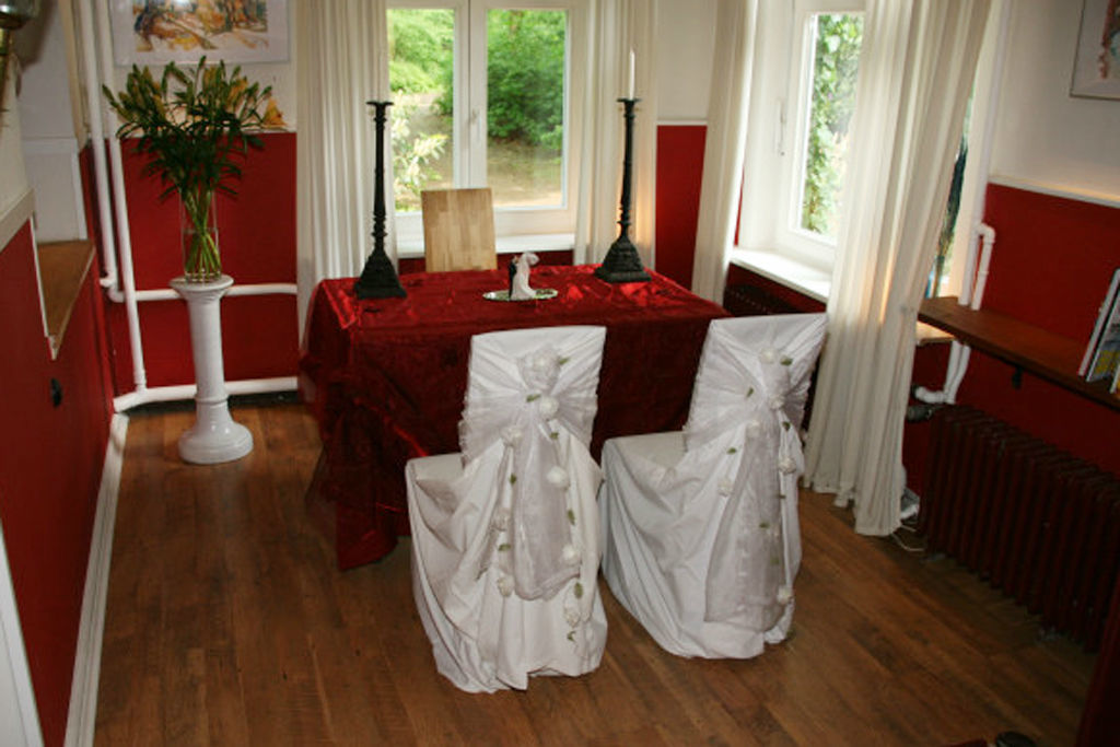 Beispiel: Trauung im Innenraum, Foto: Restaurant Alsterpark.
