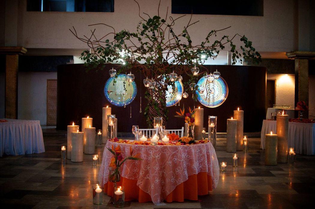 Hermosa mesa Novios ...