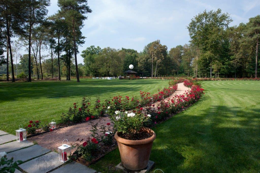 Dimora Villa Giuliana: parte del giardino
