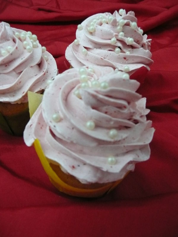 Beispiel: Hochzeits Cupcakes, Foto: Cafe Kiess.