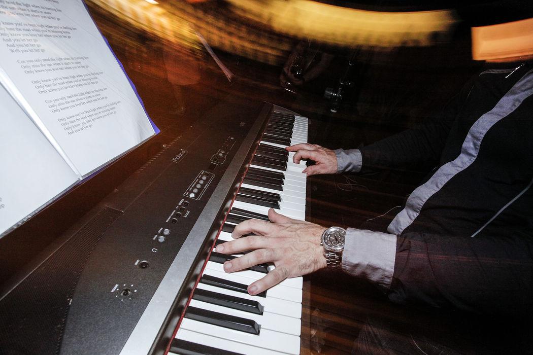 Pianobar di qualità www.dejavumusica.it