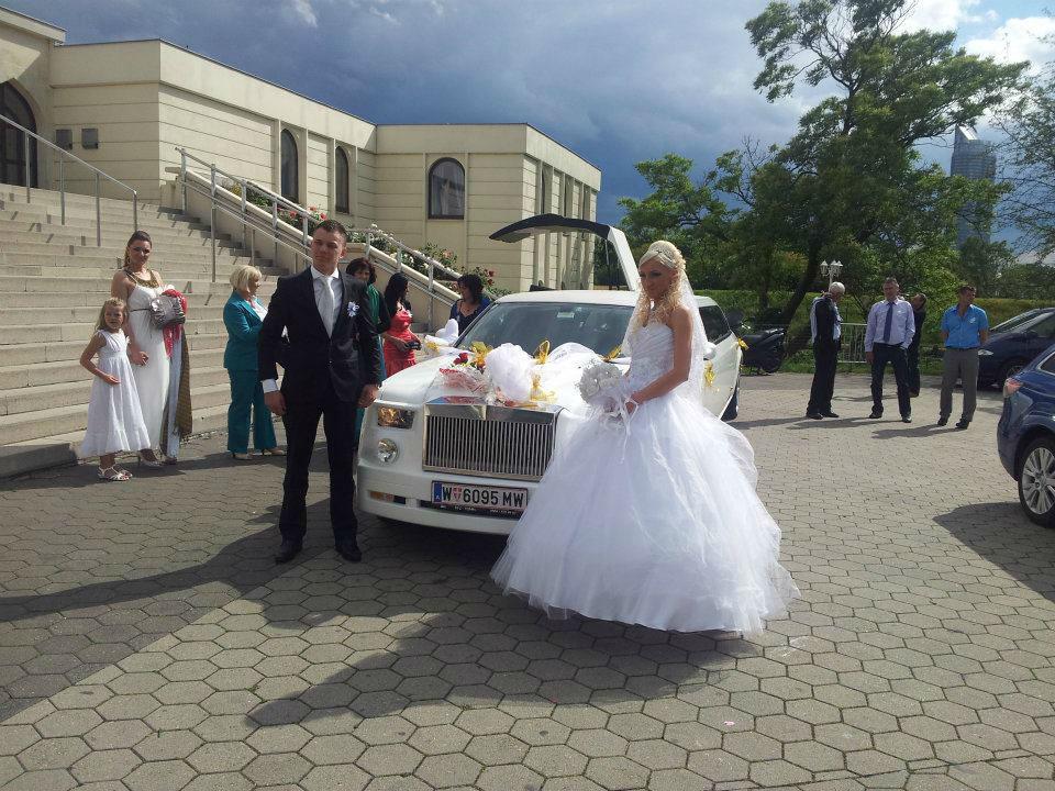 Beispiel: Das besondere Hochzeitsauto, Foto: E & M Limousinenservice.