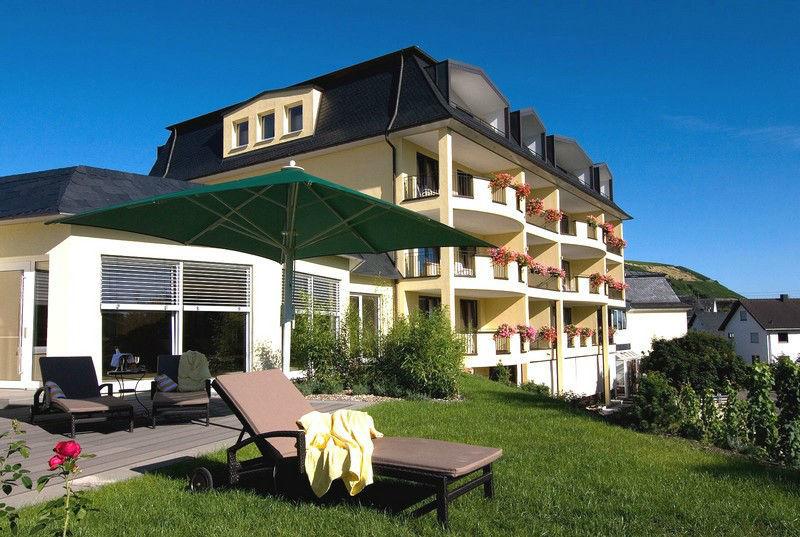 Beispiel: Vorderansicht, Foto: Hotel Weis.