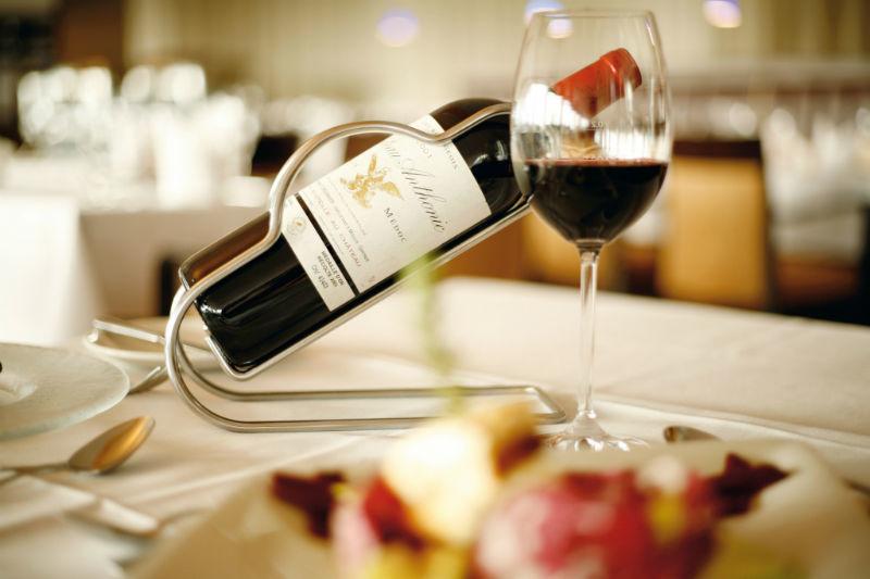Beispiel: Gastronomie, Foto: Hotel Ambassador.