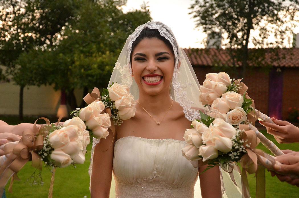 novia flores