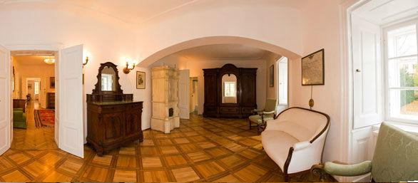 Beispiel: Franz-Josef Salon, Foto: Schloss Urschendorf.