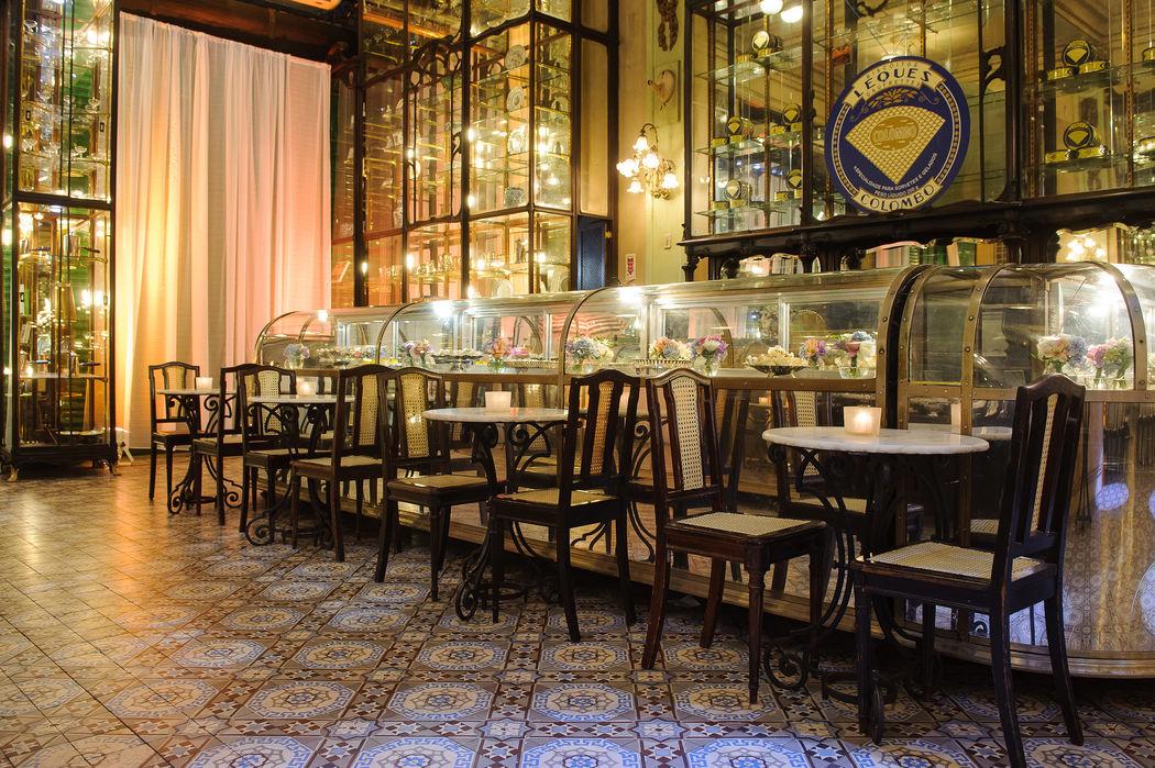 Balcão de Doces  - Salão Bar Jardim.