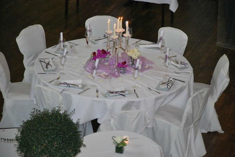 Beispiel: Tischdekoration Hochzeit, Foto: Freischütz.