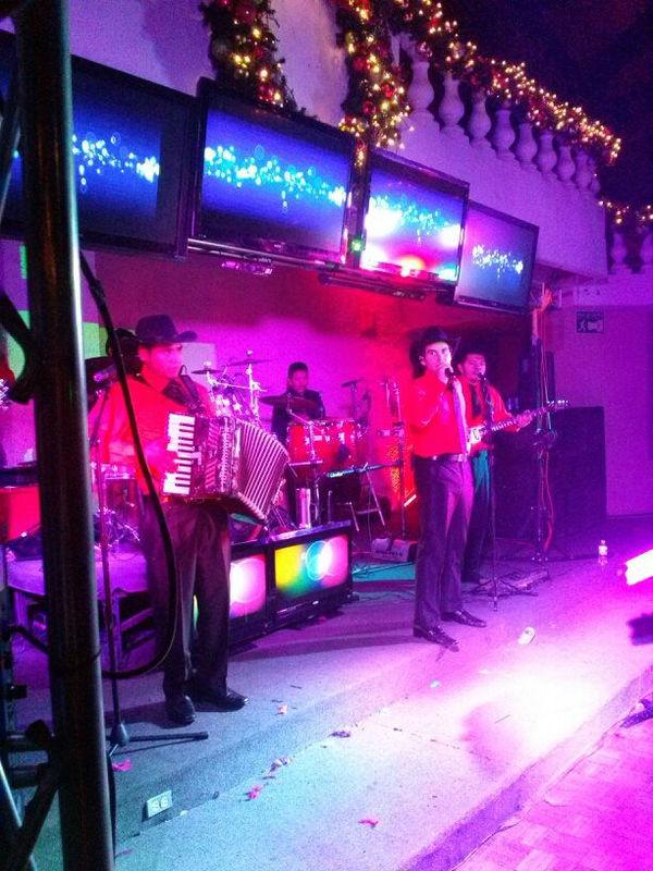 Grupo Musical Olé