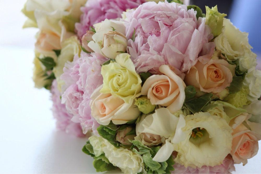 Beispiel: Hochzeitsfloristik, Foto: Strobel Floristik.