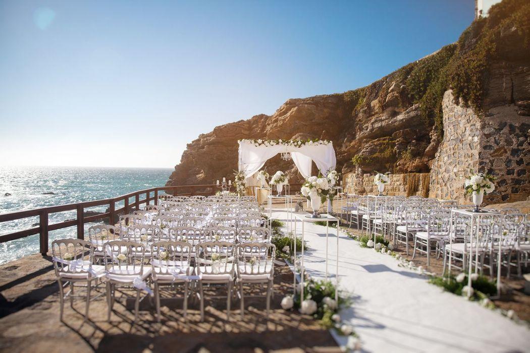 Свадьба в Португалии от Dream Weddings Europe - площадка для церемонии с видом на океан