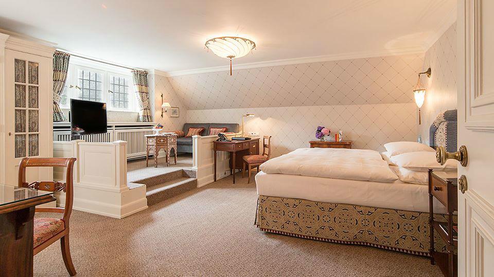 Beispiel: Historische Suiten, Foto: Schlosshotel Kronberg.
