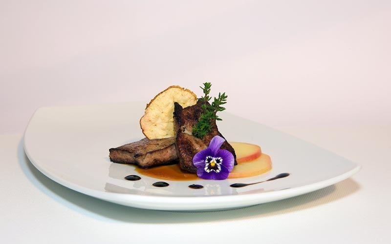 Beispiel: Kulinarische Genüsse, Foto: Jugendstil-Hotel Paxmontana.