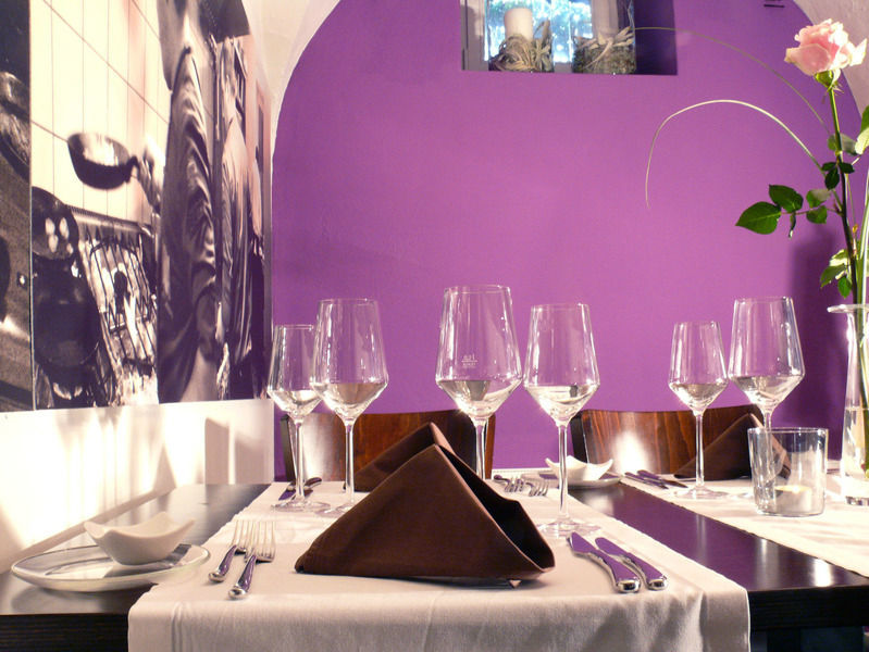 Beispiel: Restaurant Villa - Tischgedeck, Foto: Restaurant Villa.