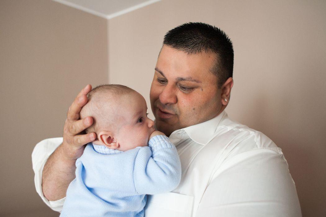 Javier z synem Olivierem- przygotowania w domu.