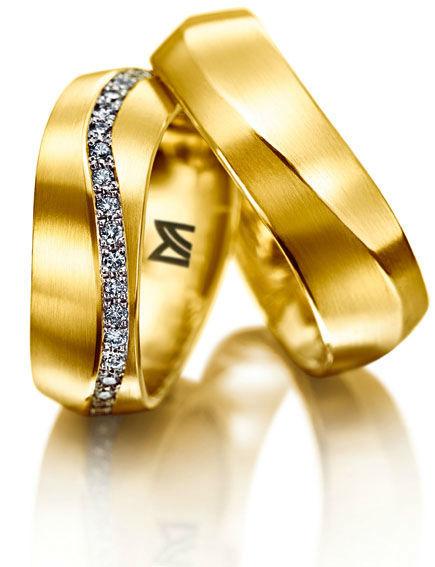 Beispiel: Wunderschöne Trauringe, Foto: Juwelier Dallinger.