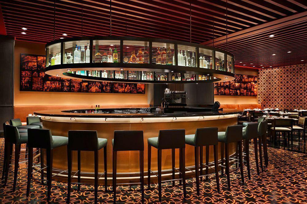 Social Restaurant & Bar - Bar