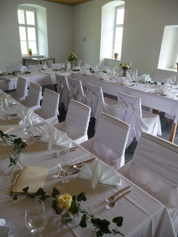 Beispiel: Festtagstafel, Foto: Schloss Lackenbach.