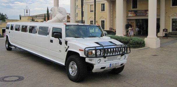 Beispiel: Hummer Limousine, Foto: Badenlimo.de.