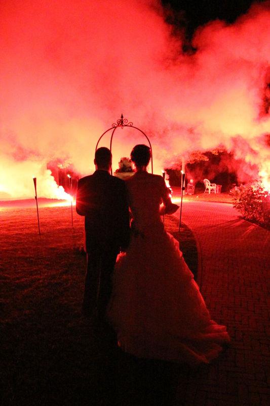 sposi con fuochi d'artificio - Villa Rosa