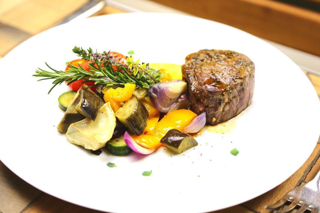 Schweizer Premium Rindsfilet, Sommerteller von Gourmetbox.