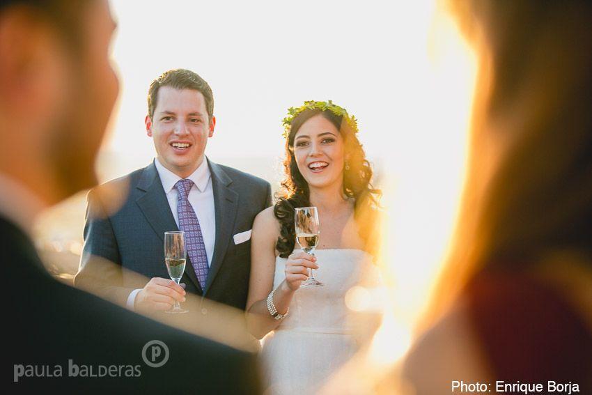 boda civil, UN DIA ANTES, brindis en una terraza con la mejor vista de la ciudad.