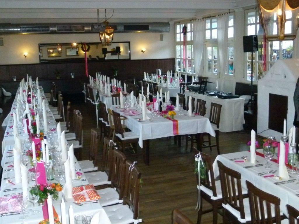 Beispiel: Festsaal - Hochzeitsbankett, Foto: Zum Brunnwart.