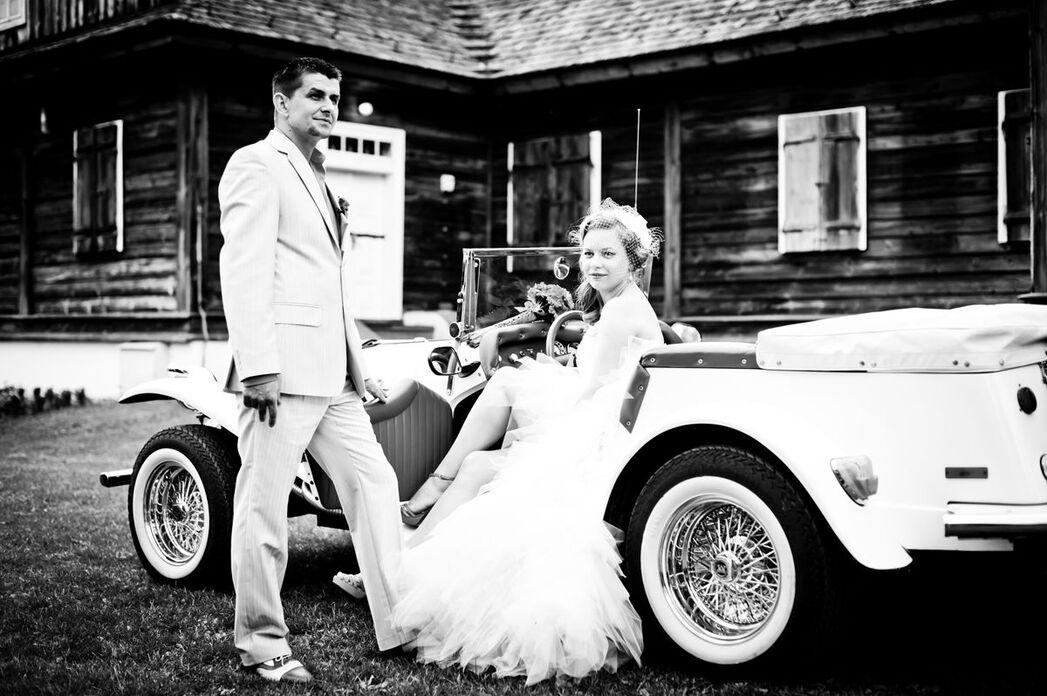 Ślub w Skansenie, w stylu retro.
